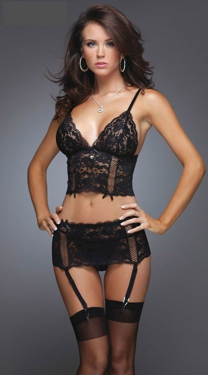 These skirt-style suspender belts seem kind of impractical, but they are so cute.