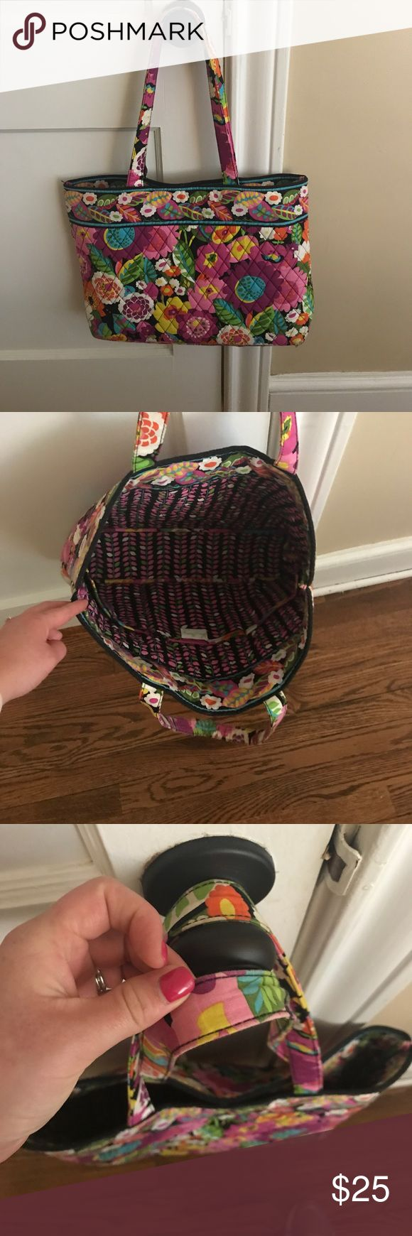 Vera Bradley Tote Bag Great for a trip to the gym, pool, a school bag, or really anything! Signs of light wear on the top of the straps (pictured) Vera Bradley Bags Totes