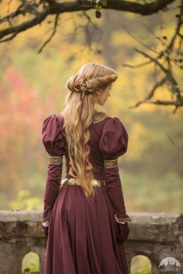 best medieval images on pinterest medieval clothing medieval