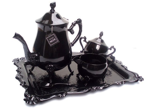 Lacquered tea set by Christine Mislak would add a dash of contemporary to my Victorian dreamscape
