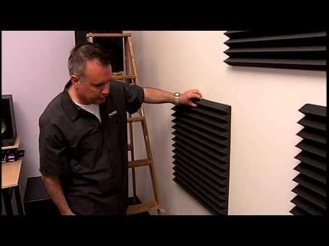 Se explica de manera rápida y fácil como hacer paneles acústicos de absorción caseros para el estudio de grabación casero (home studio), con la intención de ...