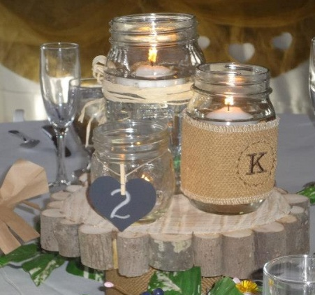 mason jar centerpiece- love this idea but im going to put my own spin on it.