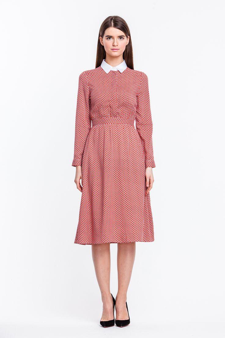 2351 Платье миди красное в белые бабочки с белым острым воротником купить в Украине, цена в каталоге интернет-магазина брендовой одежды Musthave