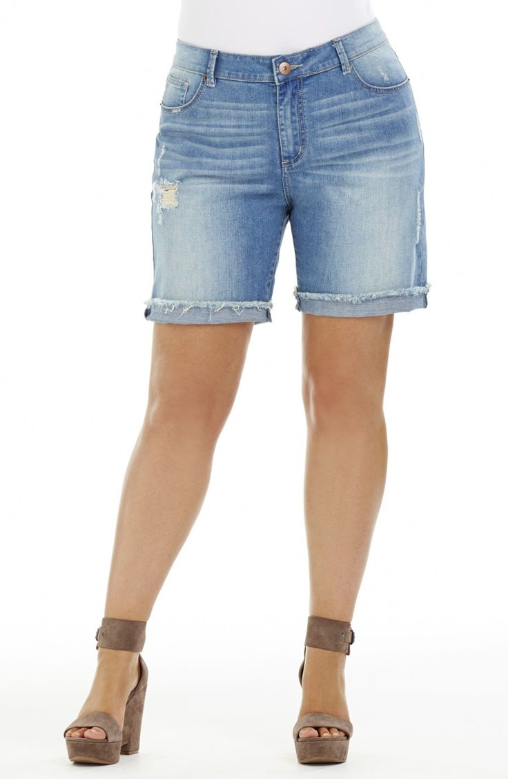 Knee Length 'Ripped' Short - Pale Denim Style No: SHO117 Stretch Denim Knee length Short. This short has a frayed edge hemline and leg rip detail. Wear it with the cuff turned up or not It has the traditional jean five pockets. #dreamdiva #dreamdivafiles #plussize