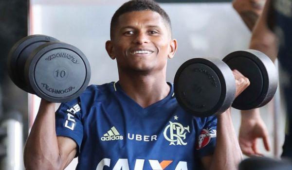 Márcio Araújo deixa o Fla, depois de quatro anos e é o novo reforço do criciúma esporte clube