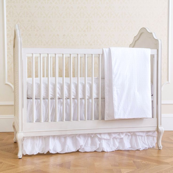 Swiss Dot Classic 4 Piece Crib Bedding Set