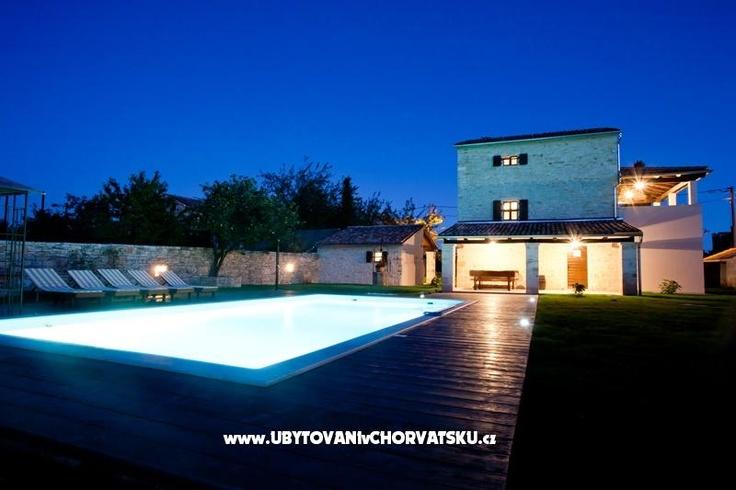 Apartments Croatia ::: Istria :: Rovinj : Villa Majoli. www.ACCOMMODATIONinCROATIA.net