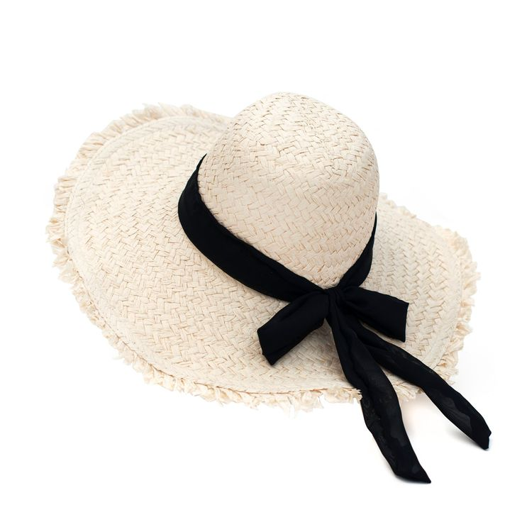 Romantic hat with black bow. #hat #romantic Szaleo.pl | Be new fashioned & accessorized!