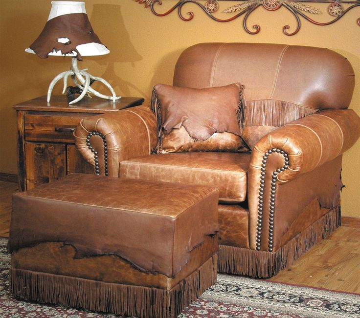 Best 25 rustic lodge decor ideas on pinterest - Western couches living room furniture ...