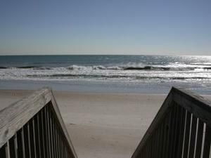 Topsail Island rental: Eastern Sails - Oceanfront 3 bedroomsduplex in North Topsail Beach,