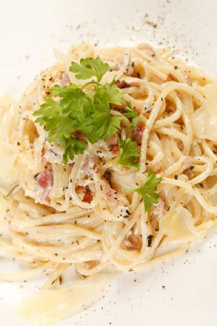 Carbonara Sauce. http://food2please.com/spaghetti-carbonara/
