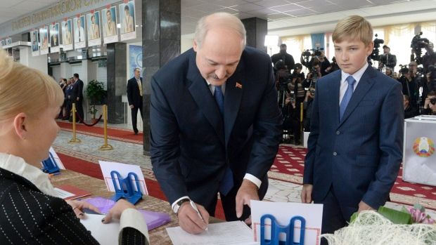 Belarus Elections 2015: Alexander Lukashenko Wins Fifth Term After with 83% of Vote  Read more: http://www.bellenews.com/2015/10/11/world/europe-news/belarus-elections-2015-alexander-lukashenko-wins-fifth-term-after-with-83-of-vote/#ixzz3oIqzhlZZ Follow us: @bellenews on Twitter | topdailynews on Facebook