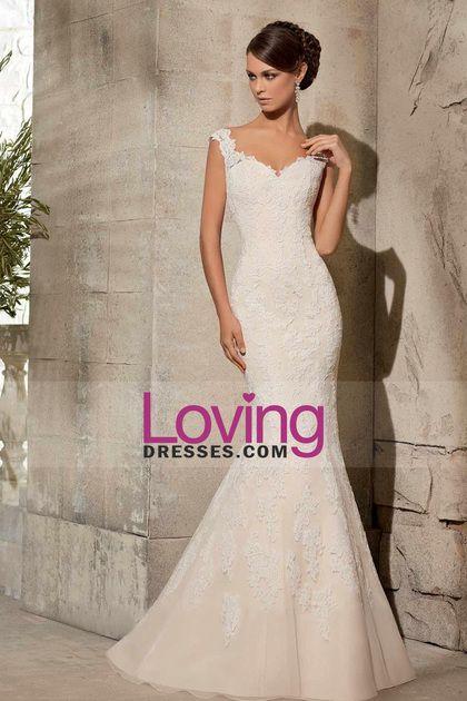 2015 V-Neck Mermaid/Trumpet Wedding Dresses Court Train With Applique