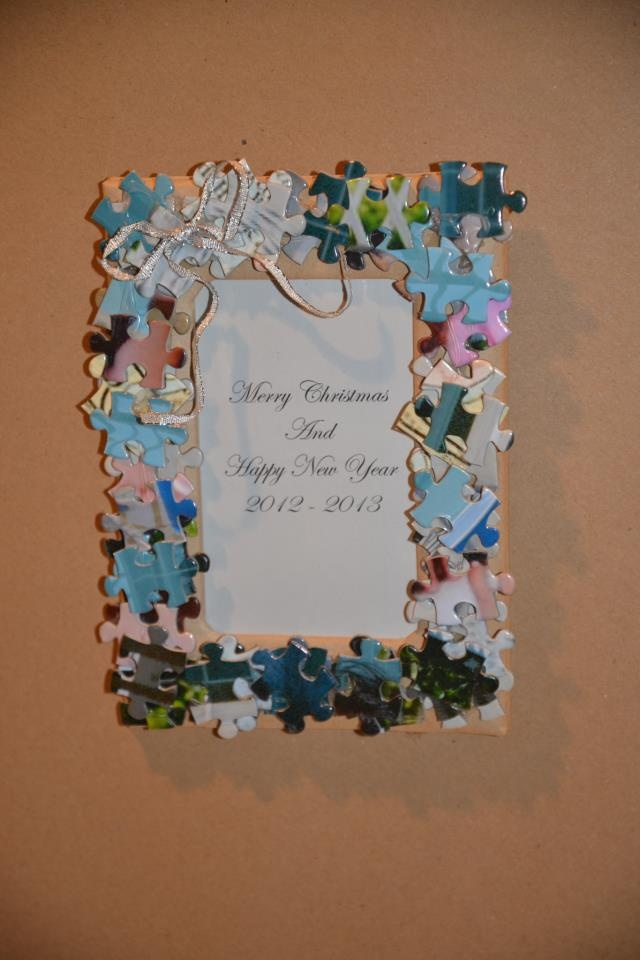 10 best jigsaw puzzle craft ideas images on pinterest for Picture frame crafts for adults