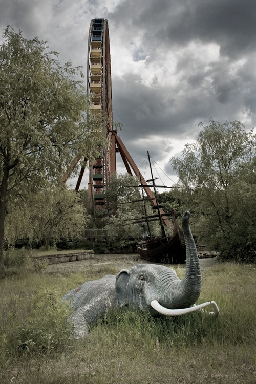 abandoned amusement park -- that elephant in the foreground is rather disturbing