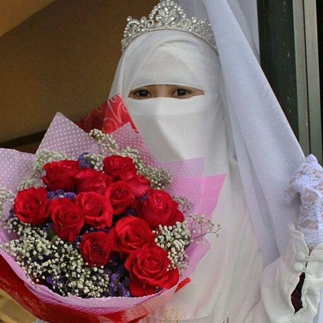Niqab is beauty @beautiful_niqabis on Instagram photo March 7
