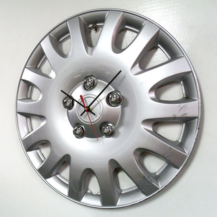 Recycled Hubcap Clock - Silver Automotive Clock - Upcycled Car Clock - Industrial Decor - Large Wall Clock - Kids Room Decor by StarlingInk on Etsy https://www.etsy.com/listing/195354093/recycled-hubcap-clock-silver-automotive