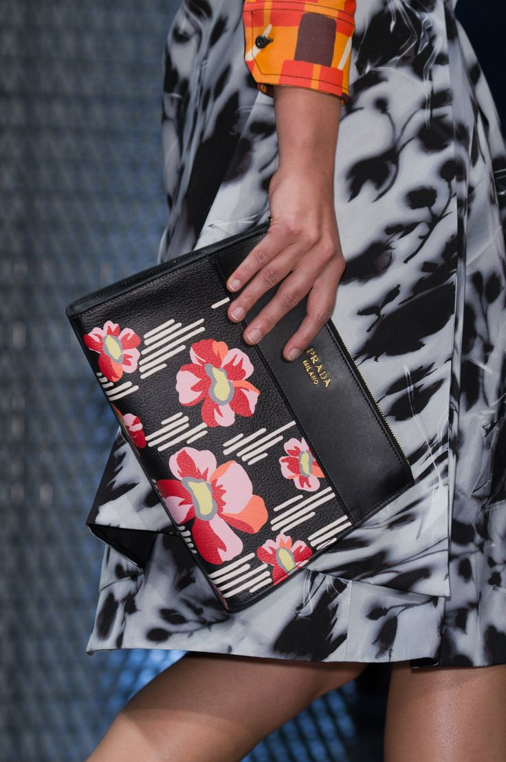 Prada | Spring 2017 Details – The Impression