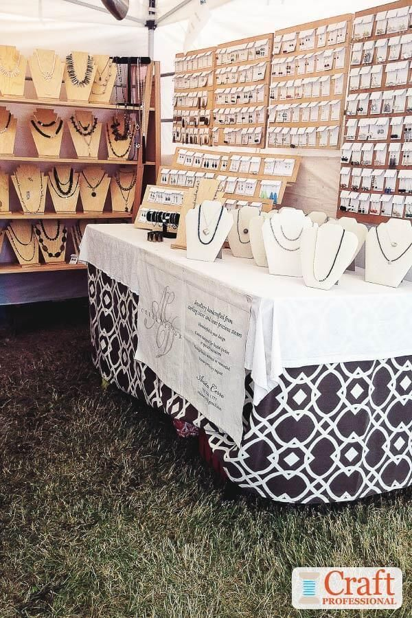 Portable Jewelry Display Photos Pretty Tabletop Jewelry Display At An Outdoor Craft Show Ba In 2020 Jewelry Display Booth Craft Show Displays Jewellery Display