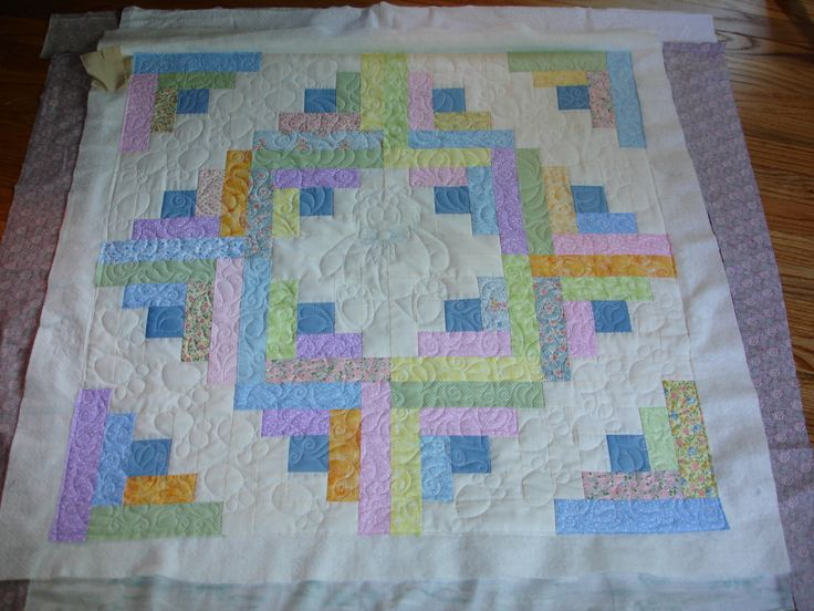 Quilt Pattern Names List : Log cabin baby quilt Baby quilts and playmats Pinterest Names, Quilt designs and Quilt
