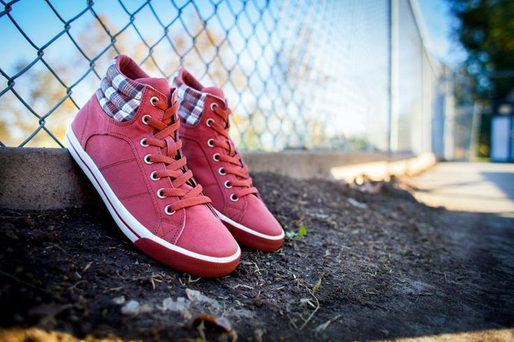 Burnetie Collar sneaker red - Burnetie Canada
