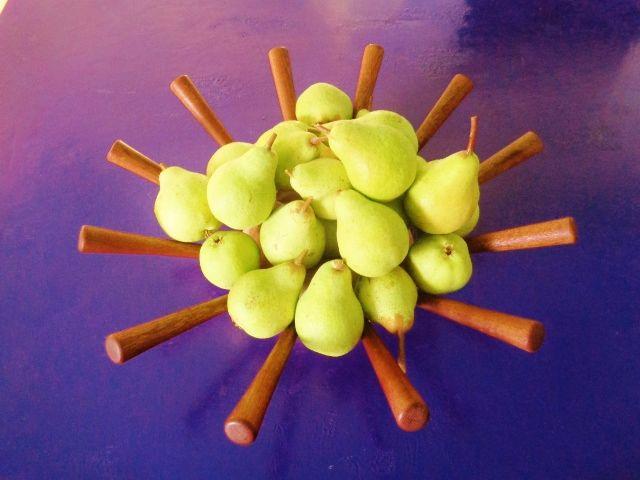 Fruteira torneada