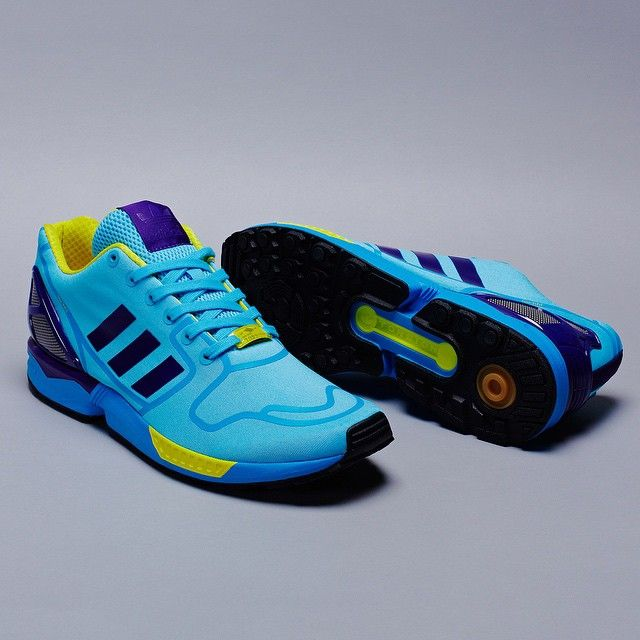 New materials, OG colours. ZX 8000 'Aqua' gets remixed for 2015 with the #ZXFLUX Techfit OG pack.