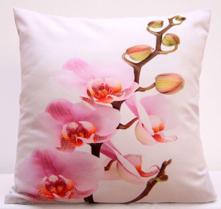 Poszewki z kwiatami w kolorze różowym