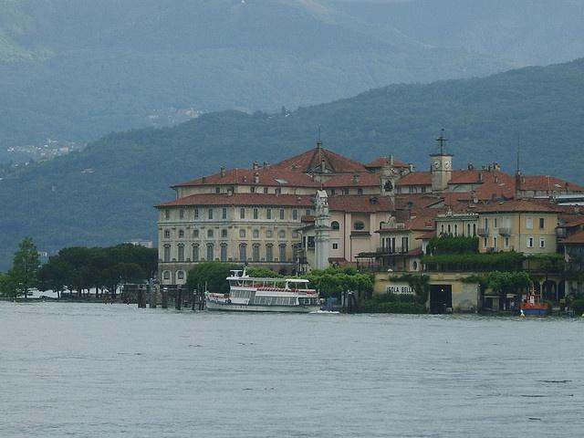 Attracco Isola Bella, via Flickr.
