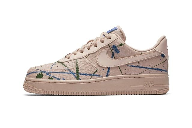 Aplicar ganar Normal  Nike's Air Force 1 and Air More Money Join the