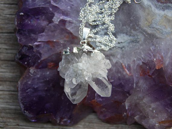 This genuine crystal necklace features natural raw clear quartz strung on a 32 | 81 cm silver plated tarnish resistant claspless chain. The crystal pendant is 4.5 cm long and 3.1 cm wide (including bail). In inches, thats 1.9 long and 0.8 wide. Handmade in Australia. All jewellery comes gift wrapped and ready for giving.  Back to shop: www.etsy.com/au/shop/BoandHo