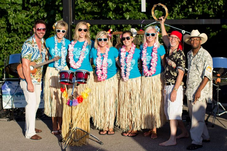 """Lenny Frisch and the Calypso Cowboys Steel Drum Band and our """"Island Girls"""" at the Kenny Chesney concert June 26, 2013 -92.3 WIL"""