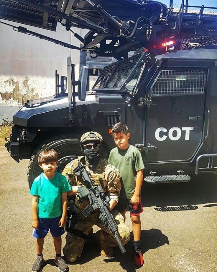 #Repost @dpf_policia_federal ・・・ Ensina a criança no Caminho em que deve andar, e mesmo quando for idoso não se desviará dele! (Provérbios, 22.6)  Polícia Federal. PF C.O.T (Comando de Operações Táticas) ☠☠ ____________ #Anjos_guardioes  #Parão  #COT #dpf_policia_federal