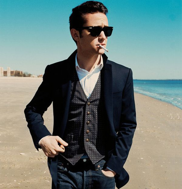 Joseph Gordon-Levitt has such style... If I can't have him can I have someone who dresses like him? Please?