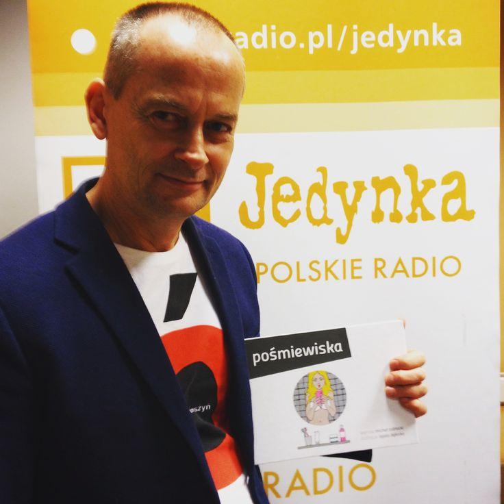 """#PREMIERA #Program1PolskiegoRadia Michał Zabłocki w studiu Muzycznej Jedynki z premierą książki pt. """"Pośmiewiska"""". #CONNECTIONpublicrelations"""