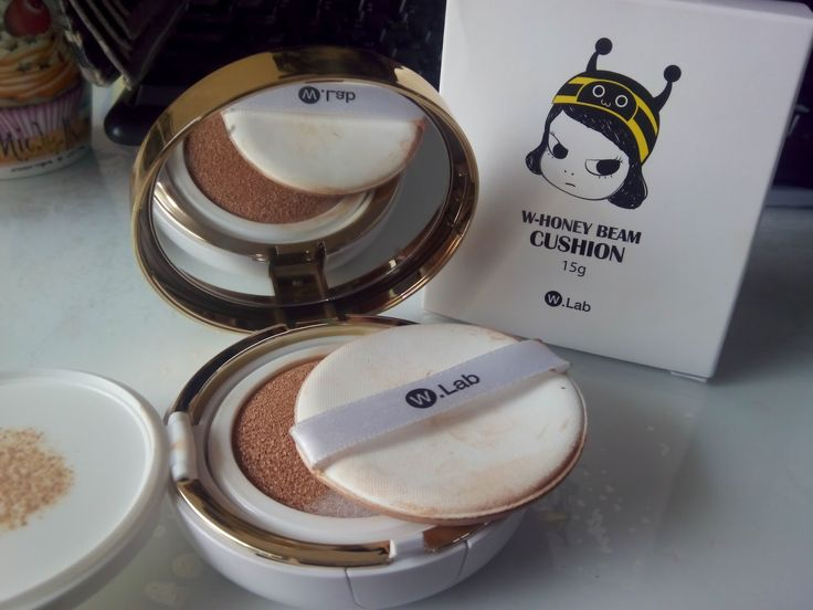 Having a problem with your skin? Do you want something that can help you in just a single touch? Honey beam cushion is your skin solution. It contains honey to give skin moisture glowing vitality look. Covers blemishes for flawless finish. Light and moisture texture, easy to touch anytime. It has SPF50 and PA+++ to cure dull skin, skin with pores, red skin, dry skin, wrinkles and freckles. It has no side effects and certified tested by FDA. No loneliness and worries.