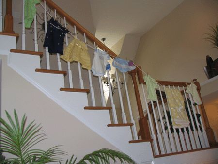 17 best images about baby shower on pinterest baby for Baby clothesline decoration