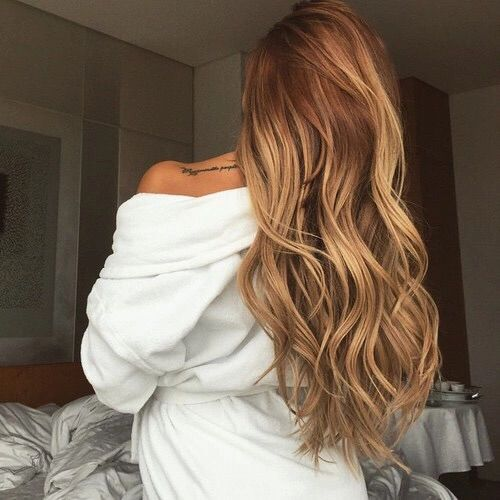 Image via We Heart It #bedroom #blond #blonde #classy #curlyhair #girl #girly #longhair #tattoo #wakeup #whiteclothes #cute