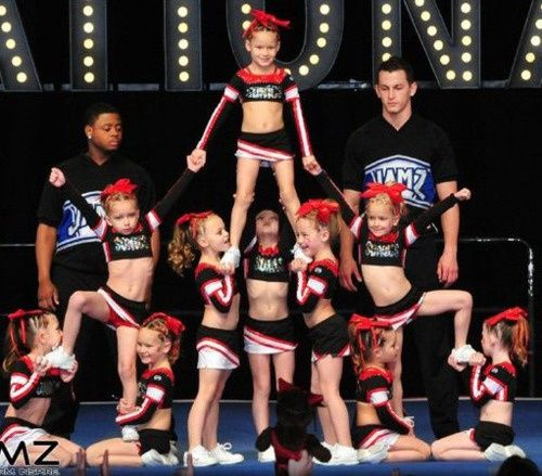How to Coach Youth Cheerleading