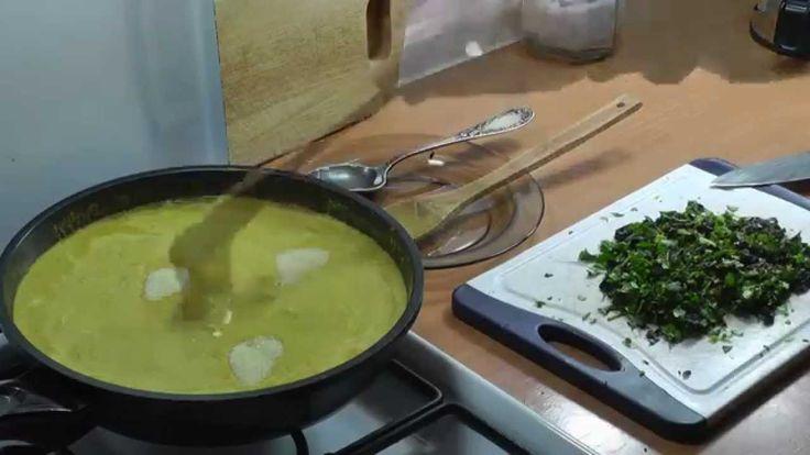 Топлёное масло ( Гхи ) и цыплёнок карри.