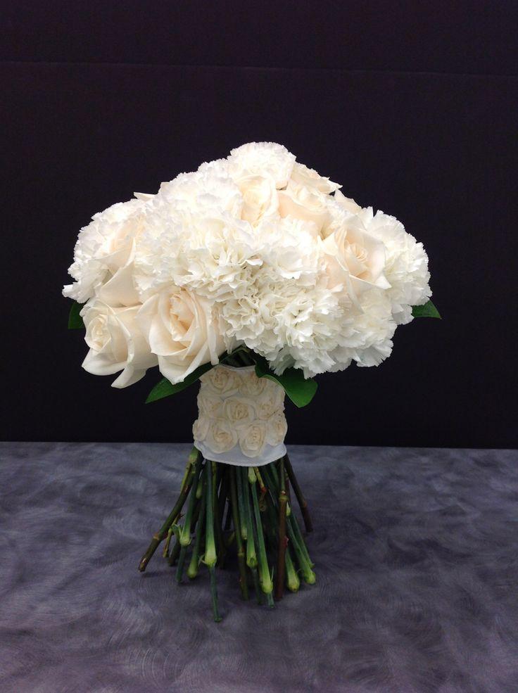 192 best bridal bouquets images on pinterest wedding bouquets bridal bouquets and hy. Black Bedroom Furniture Sets. Home Design Ideas
