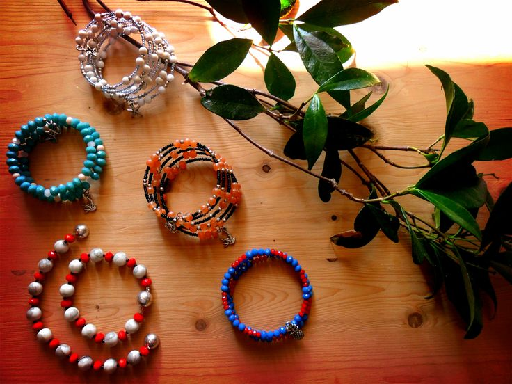 New and full of colors bracelets!!
