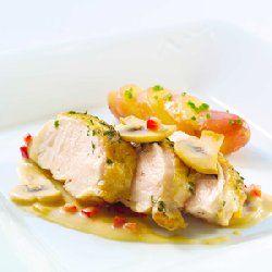 Kyllingfilet med smakfull saus oppskrift -- www.matoppskrift.no