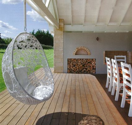 1000 images about hanging pod chairs on pinterest for Outdoor pod room