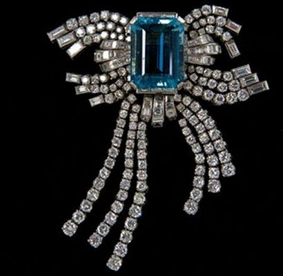 H & D Diamonds is your direct contact to diamond trade suppliers, a Bond Street jeweller and a team of designers. www.handddiamonds.co.uk Tel: 0845 600 5557 - Eva Perón's diamond and aquamarine brooch.
