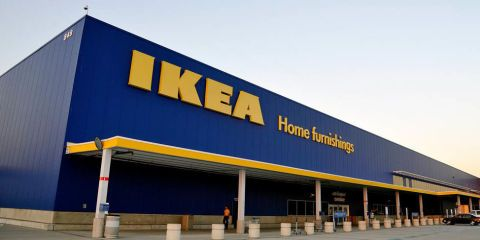 IKEA Canada Donating Furniture to Syrian Refugees - IKEA to Help Syrian Refugees