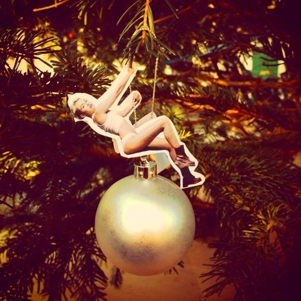 Buzzfeed created these DIY Miley Cyrus Wrecking Ball cut outs for the Holidays.