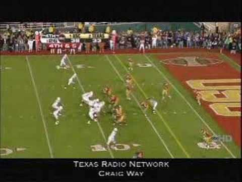 Texas vs. USC Rose Bowl BCS National Championship Game 2006: Vince Young scores a touchdown to give the Longhorns the lead with 19 seconds to play. Hook 'em Horns!