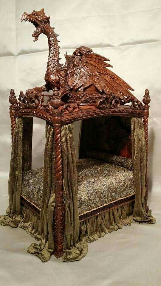 Carved Wood Dragon Bed Frame With Images Dragon