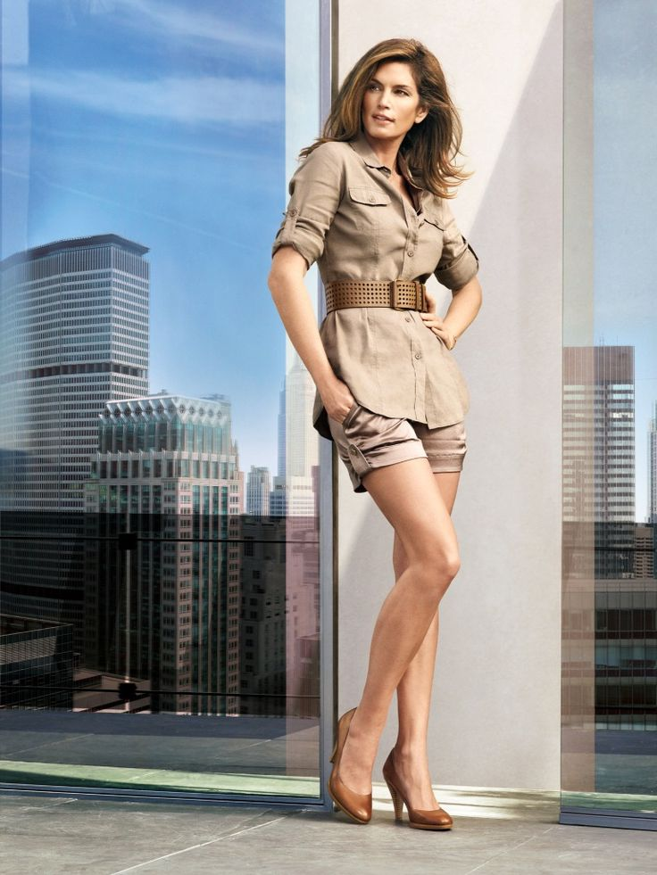 Cindy Crawford photo 3